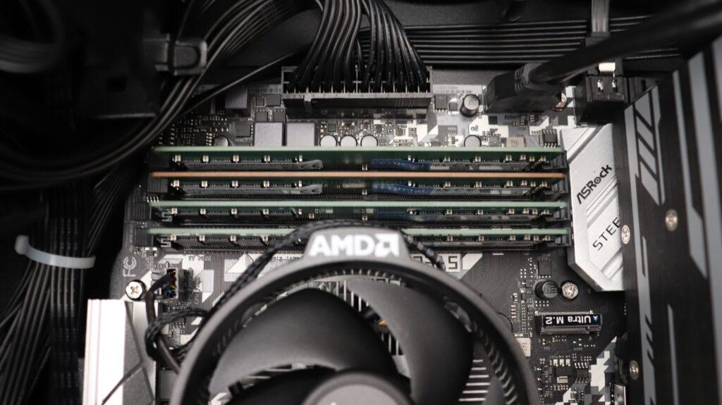 予算10万円ゲーミングPC メモリ:DDR4-2660(8GB)×4枚=32G